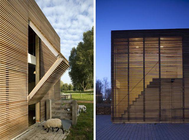 Revestimientos de madera en exterior espacios en madera revestimientos de madera pinterest - Revestimiento fachadas exteriores ...