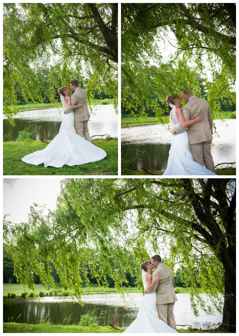 low budget wedding new jersey%0A South Jersey Wedding Venue  Wedding Photos Outdoor Wedding Photos  Willow  Tree  Lake Wedding Photos  Golf Course Wedding Photos  Sunset Wedding Pho u
