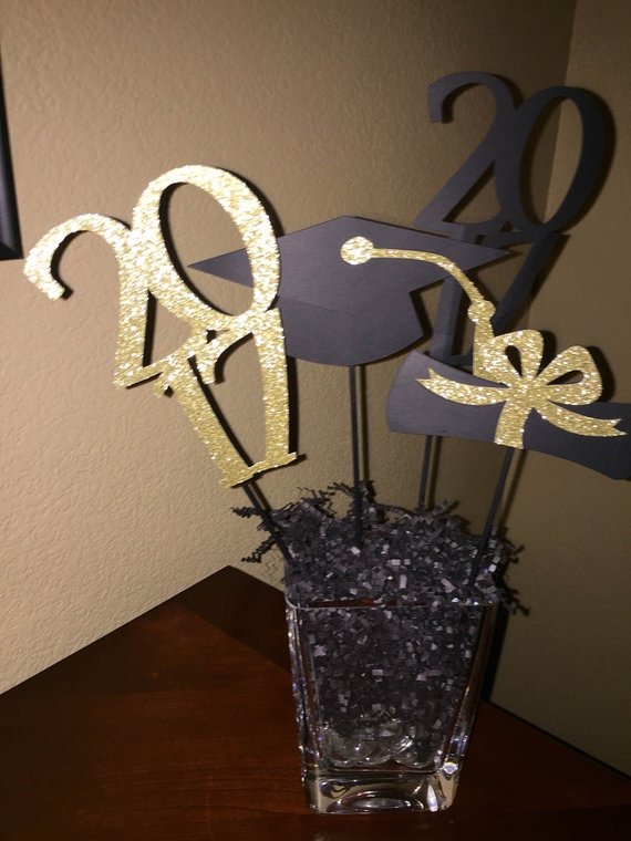2017 graduation centerpiece boy or girl high school grad college rh pinterest com