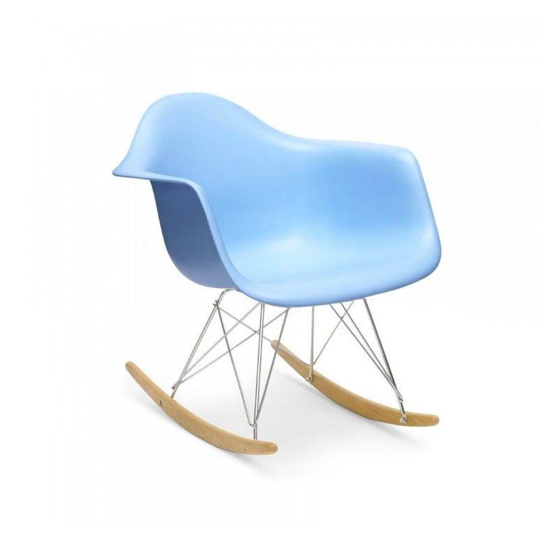 Mecedora estilo Eames DAW para que ambientes tu hogar con diseño, ideal para tu comedor y también para tu oficina.<br>Material: Asiento de polipropileno, patas de madera de haya.<br>Dimensiones: Al 68 cm An 62 cm La 68 cm   / Al asiento 40 cm.