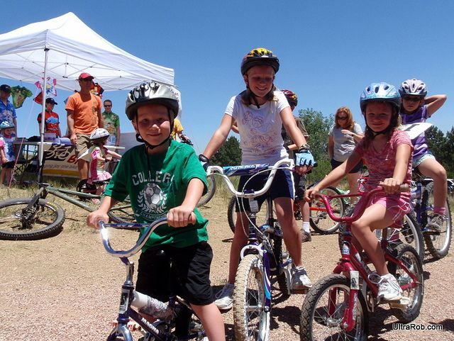 4 Important Bike Safety Tips For Children #eSpokes #bikes #BikeSafety