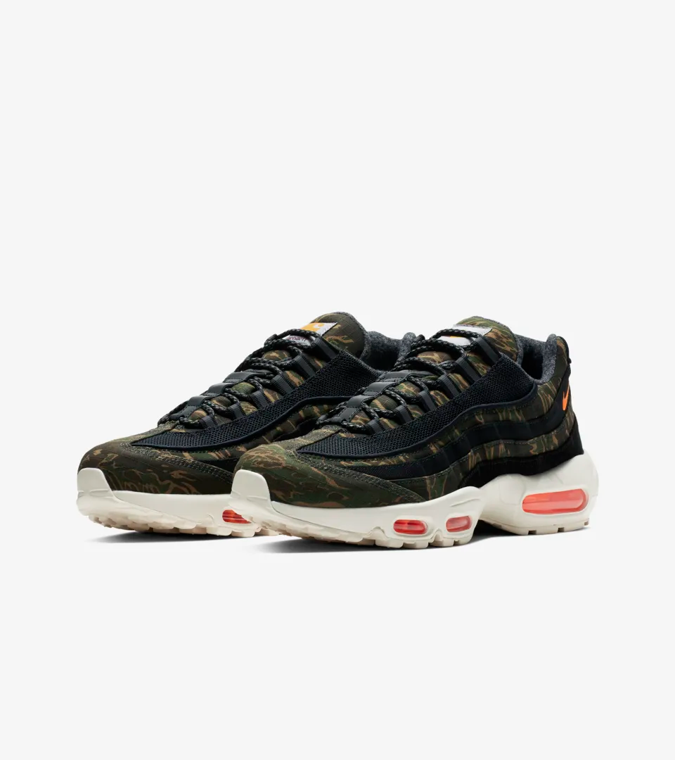 1f19d99f88 Nike CARHARTT WIP Collection. Nike CARHARTT WIP Collection Air Max 95 ...