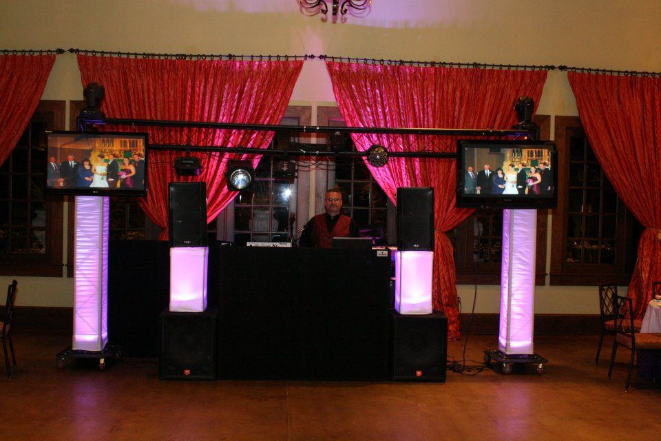 Tdb Entertainment Need A Dj Ny Wedding New York Wedding Wedding Professional