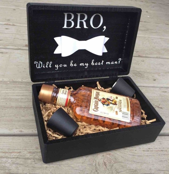 Choose Your Best Man Or Groomsmen In Style With This Custom Gift Box These Bo Make Great Thank You Gifts For Bridal Party And Can