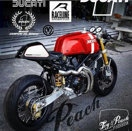 Ducati Sports Classic Cafe Racer