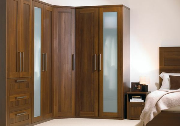 Elegante schlafzimmer ~ Schlafzimmer eckschrank braun elegant design design