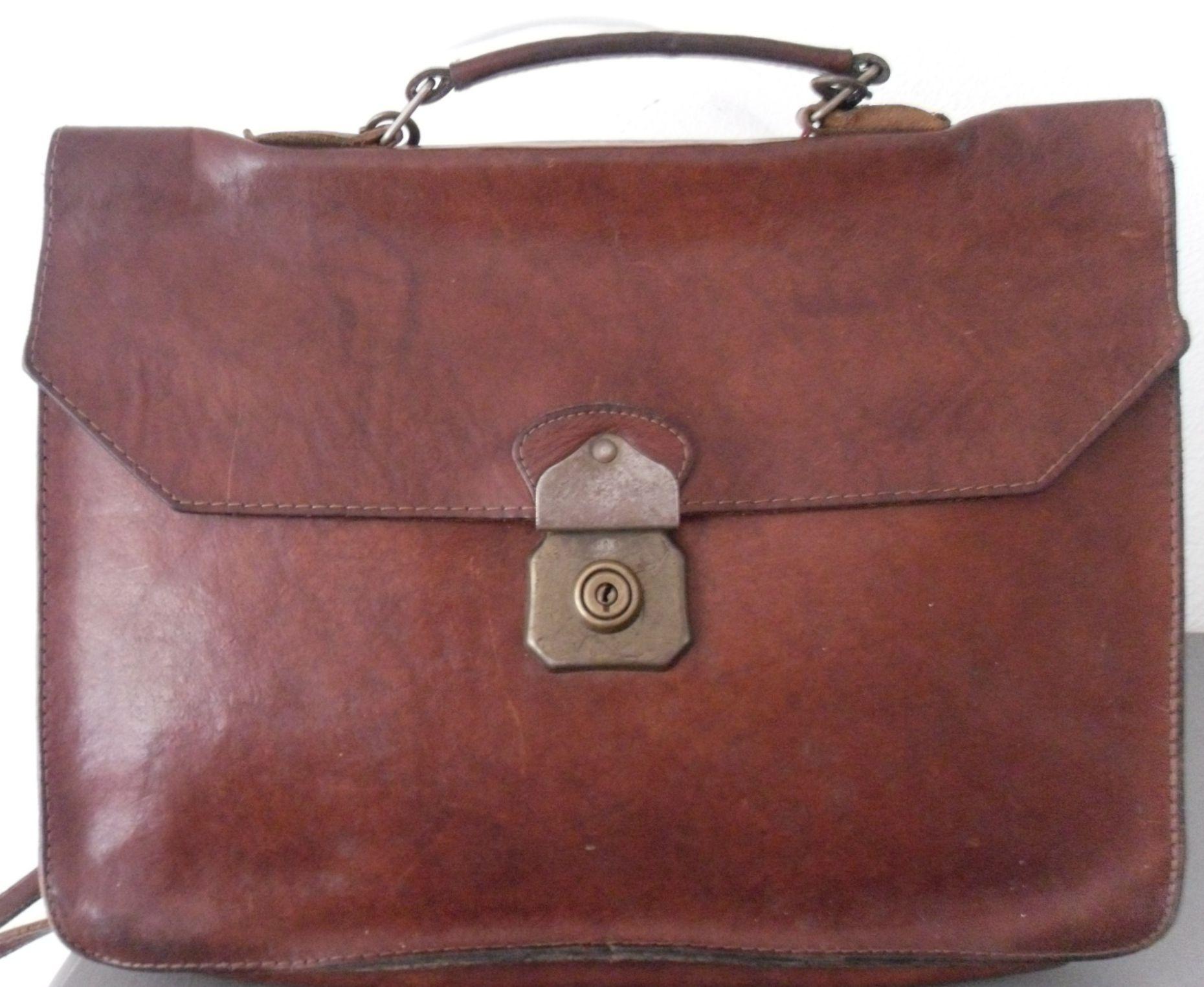 817bed15ebf Pin van Morethanvintage op Vintage bags - Bags, Vintage bags en Vintage