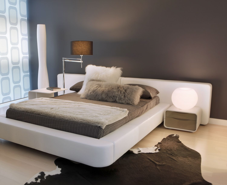 Modern Bedroom Rug: Barbara Saskia Design Added Lots Of Textured Elements