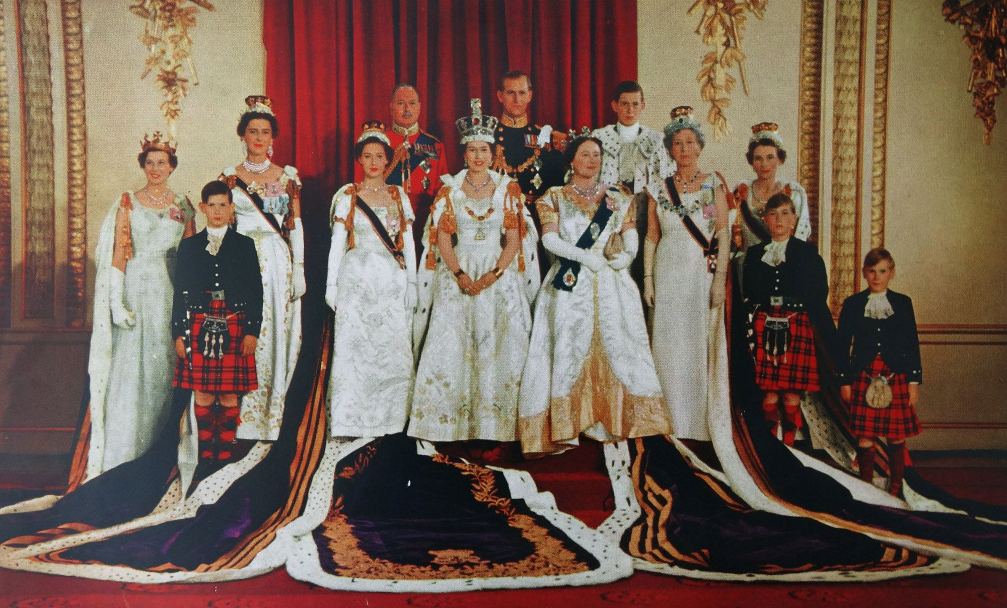 The Crown! The Crowd! Remembering Queen Elizabeth's