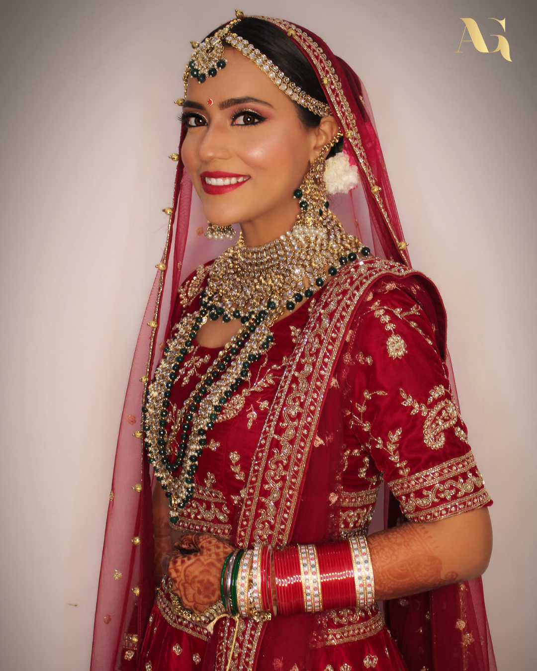 Raashi, you nailed the show stopper look in this wine red