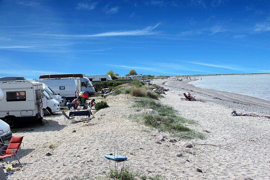 Strandcamping Fehmarnbelt Zwangloses Camping Am Endlos Strand Strand Camping Camping Ostsee Camping Nordsee