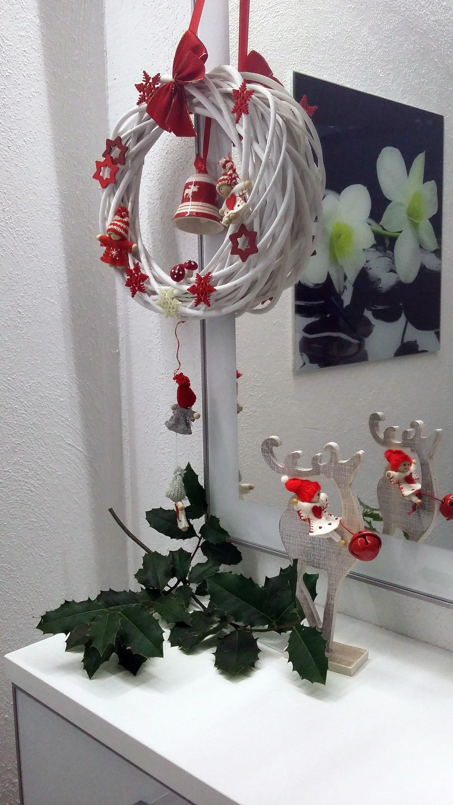 sch ne deko zu weihnachten klassisch in rot und wei dekoideen weihnachten weihnachten