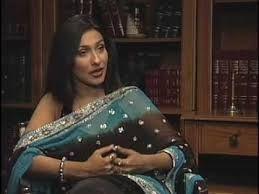 bengali actress rituparna sengupta in sleeveless saree
