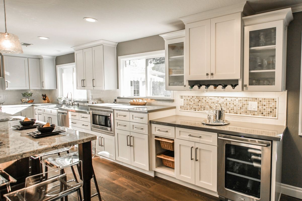 Kitchen Stories: Planning for an Open Floor Plan | Window view, Bar ...