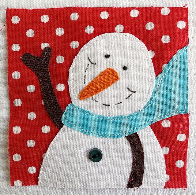 Jan - Bitty Blocks - Snowpeople, via Flickr. mamacjt is wonderful! also would make ca-Ute mug rug