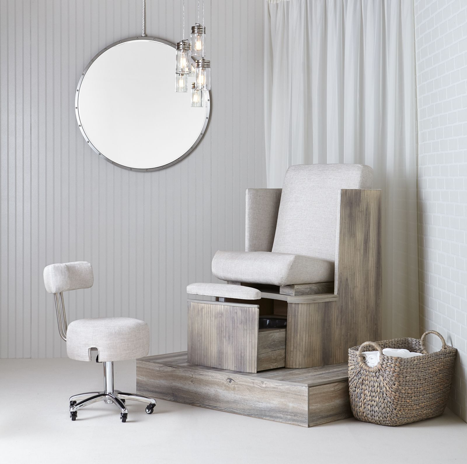 The Belava Dorset Pedicure Spa Chair
