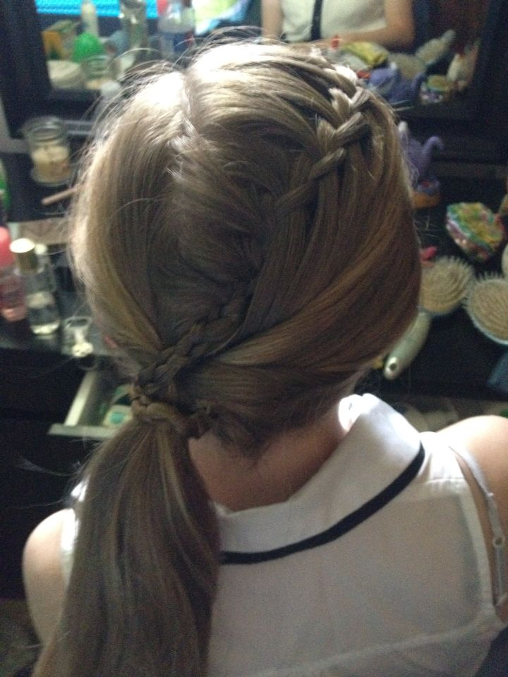 Waterfall ponytail