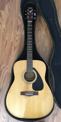Guitar Yamaha F310 Acoustic Guitar With Case Please Retweet