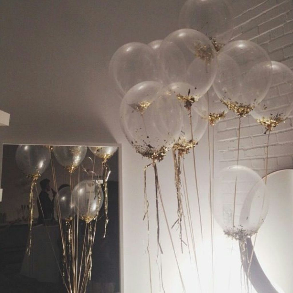 clear balloons filled with glitter abracadabra. Black Bedroom Furniture Sets. Home Design Ideas