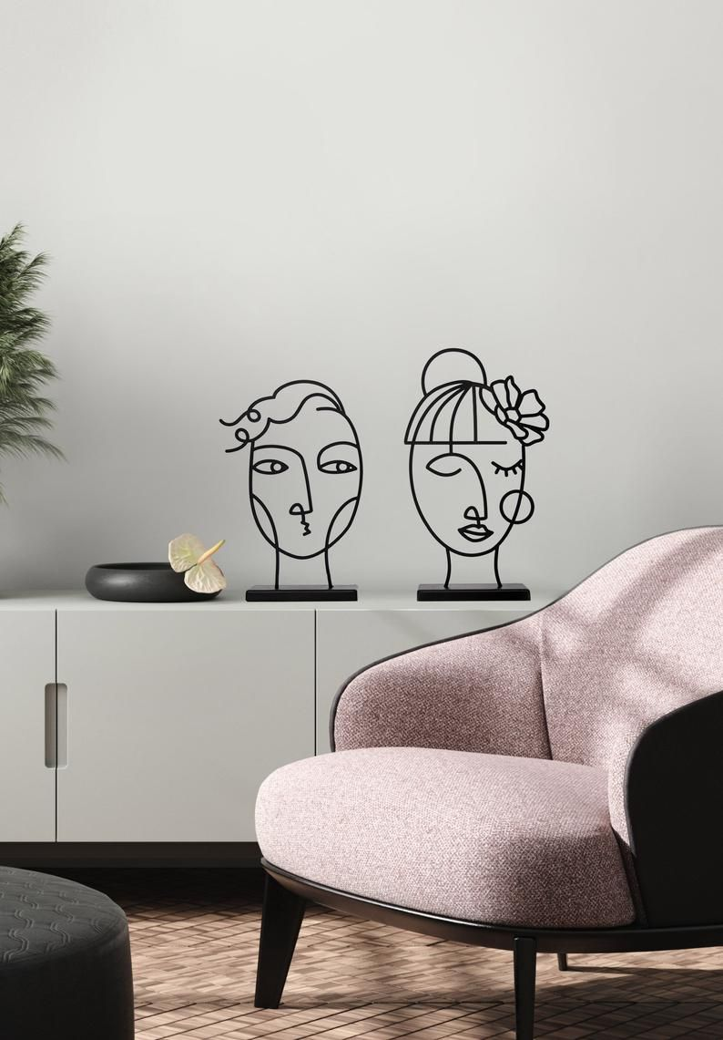 Modern Faces Metal Sculpture On A Stand Women Statue Etsy In 2020 Metal Art Decor Geometric Wall Decor Art Decor