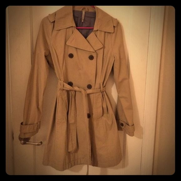 Great condition jacket! Tan, all buttons in place, no flaws, awesome classy or casual jacket. Great with boots Old Navy Jackets & Coats
