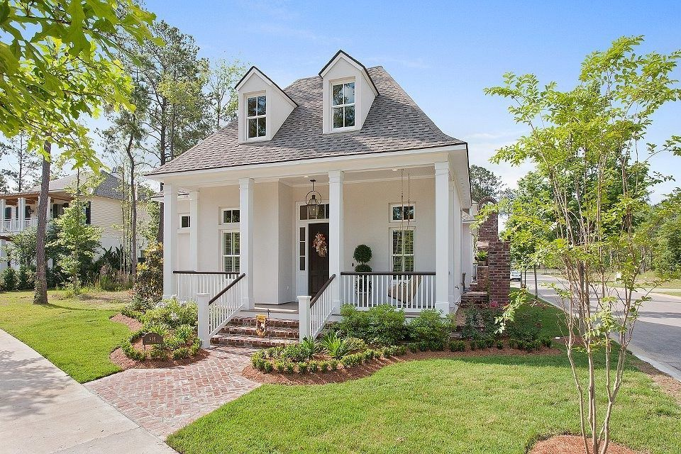 acadian-style-homes-exterior-traditional-with-welcoming ...