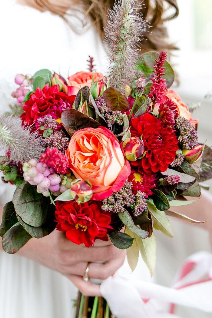 Herbstlich Leichte Brautinspiration Red Wedding Braut