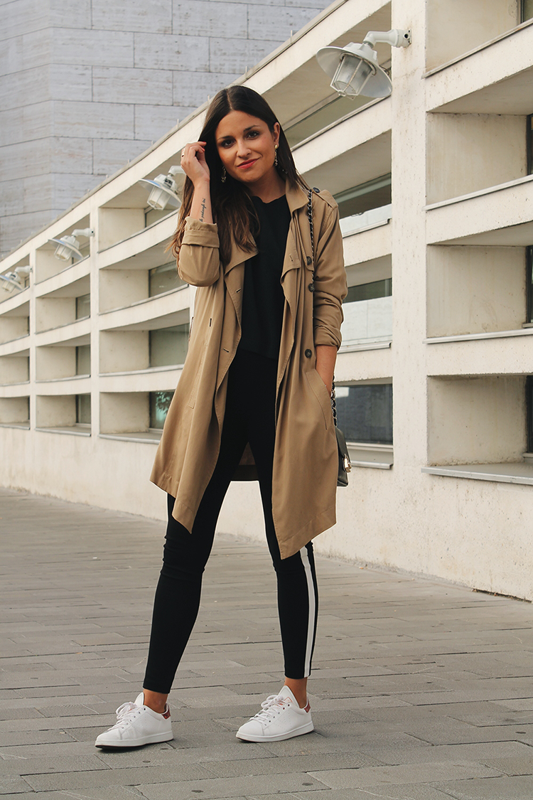 Casual #outfit Wearing Leggins Trench And Sneakers #style #fashion | My Blog Little Black ...