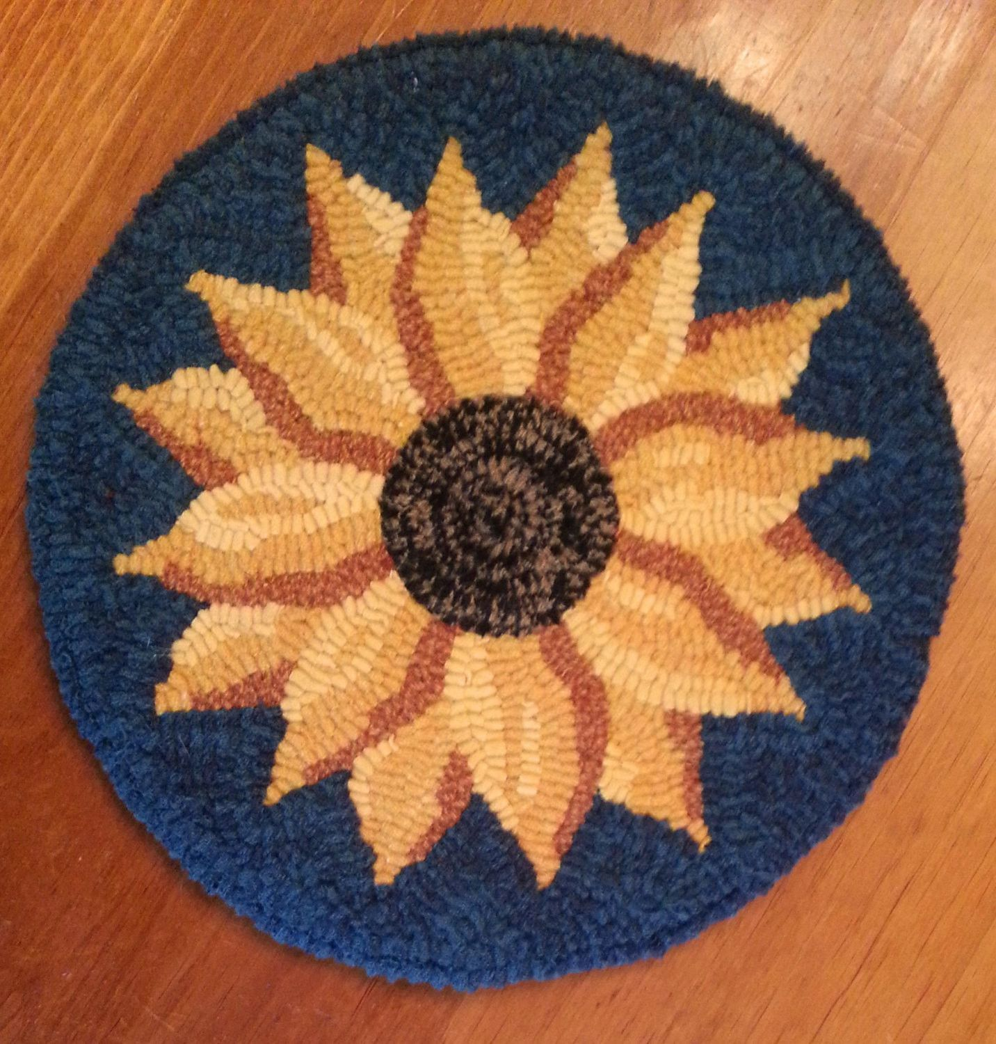 Hooked Rug Pattern - Evening Sunflower - 12