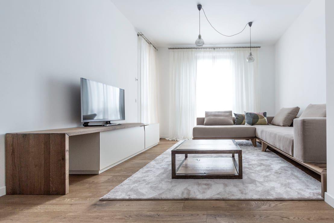 """<p>Queremos, en primer lugar, poner de manifiesto queno sólo incorporar una serie de hábitos favorecerá que tengamos la casasiempre limpia y ordenada, también tener en cuenta algunos trucos importantes a la hora de<a rel=""""nofollow"""" href=""""https://www.homify.es/expertos/decoradores-y-disenadores-de-interiores"""">diseñar y decorar</a>los espacios de nuestra casa resultarán claves para que luzca siempre tan espectacular como el primer día. Una cuestión bien importante es, por ejemplo, no…"""