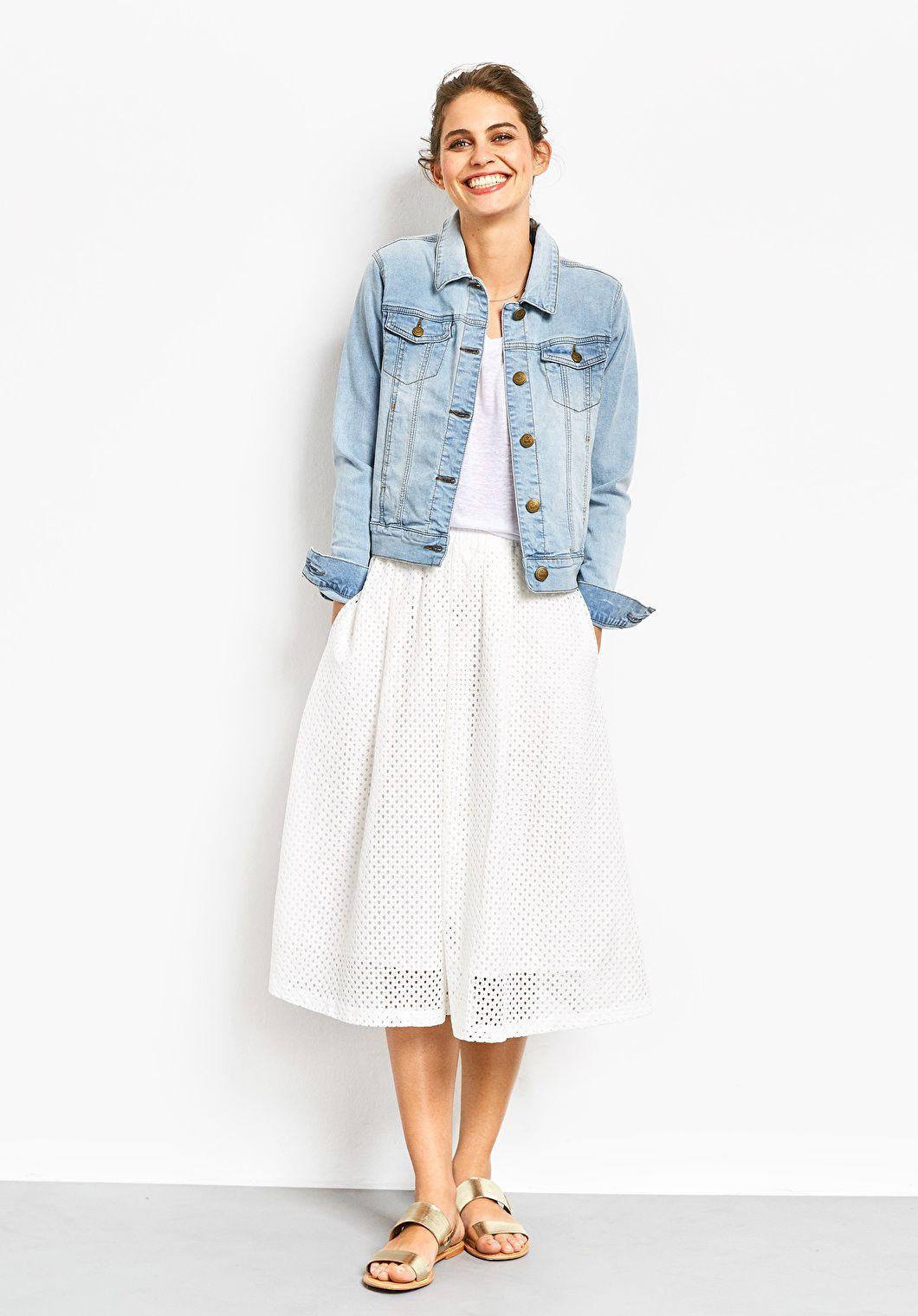 c82e3610dc Denim Jacket   Fashion   Denim jacket with dress, Denim skirt ...