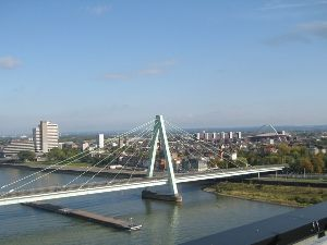 Severins Brücke...