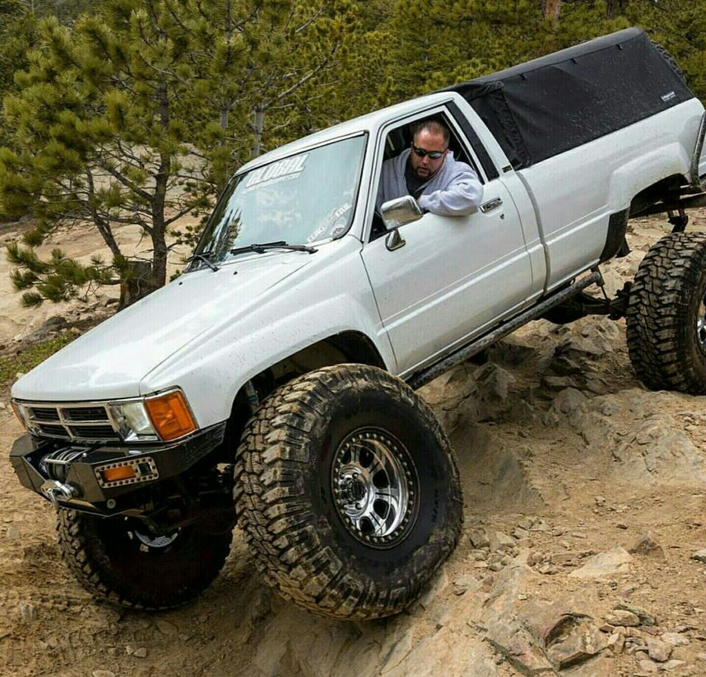 Sweet 2nd Gen With Soft Side To Per Nice Build Toyota Hilux Toyota Pickup 4x4 Toyota Trucks