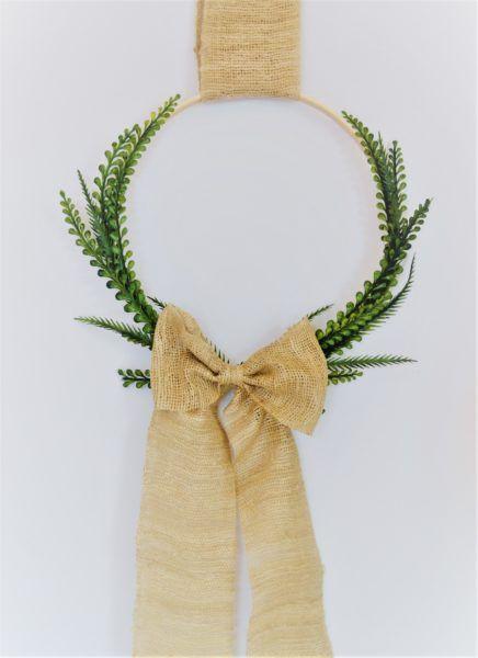 Easy Spring Wreath..Embroidery Hoop Wreath
