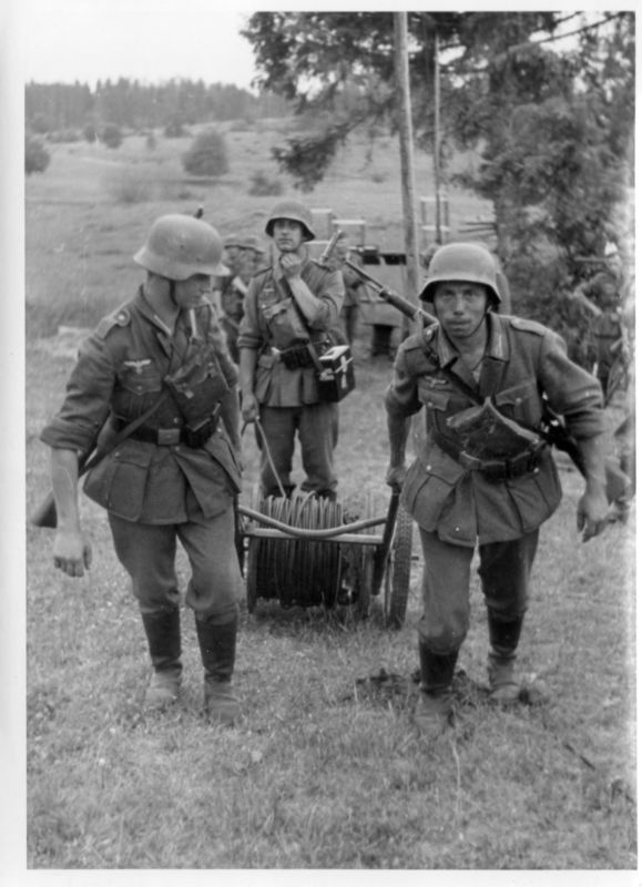 Laying phone cable (With images) | German army, World war two