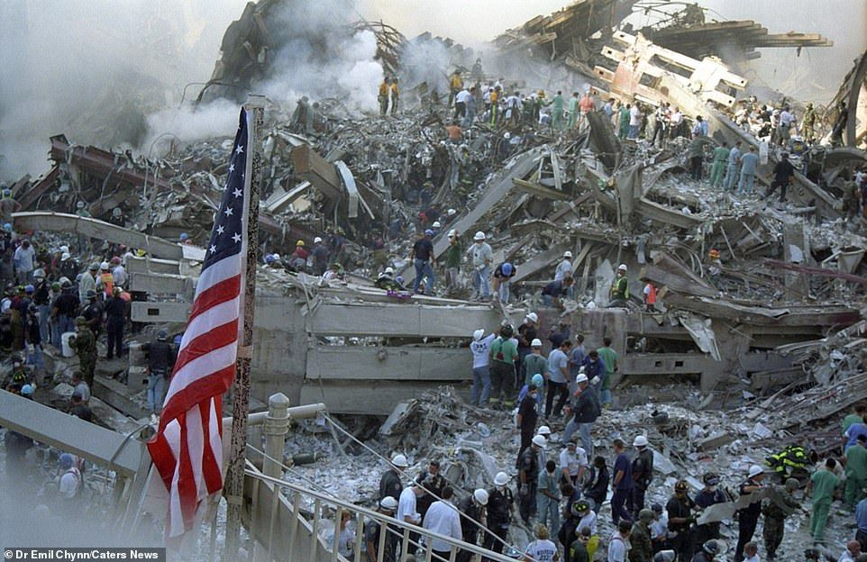 Neverbeforeseen images show Ground Zero in the wake of 9