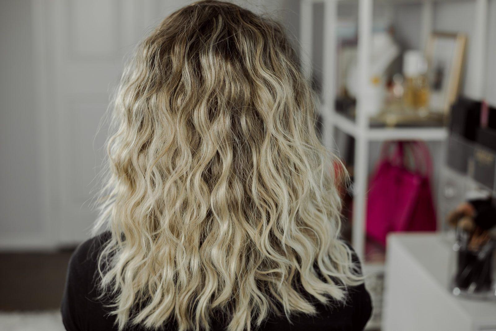 How To Use The Revlon Jumbo 3 Barrel Hair Waver Hair Waver Beachy Waves Hair Long Hair Waves