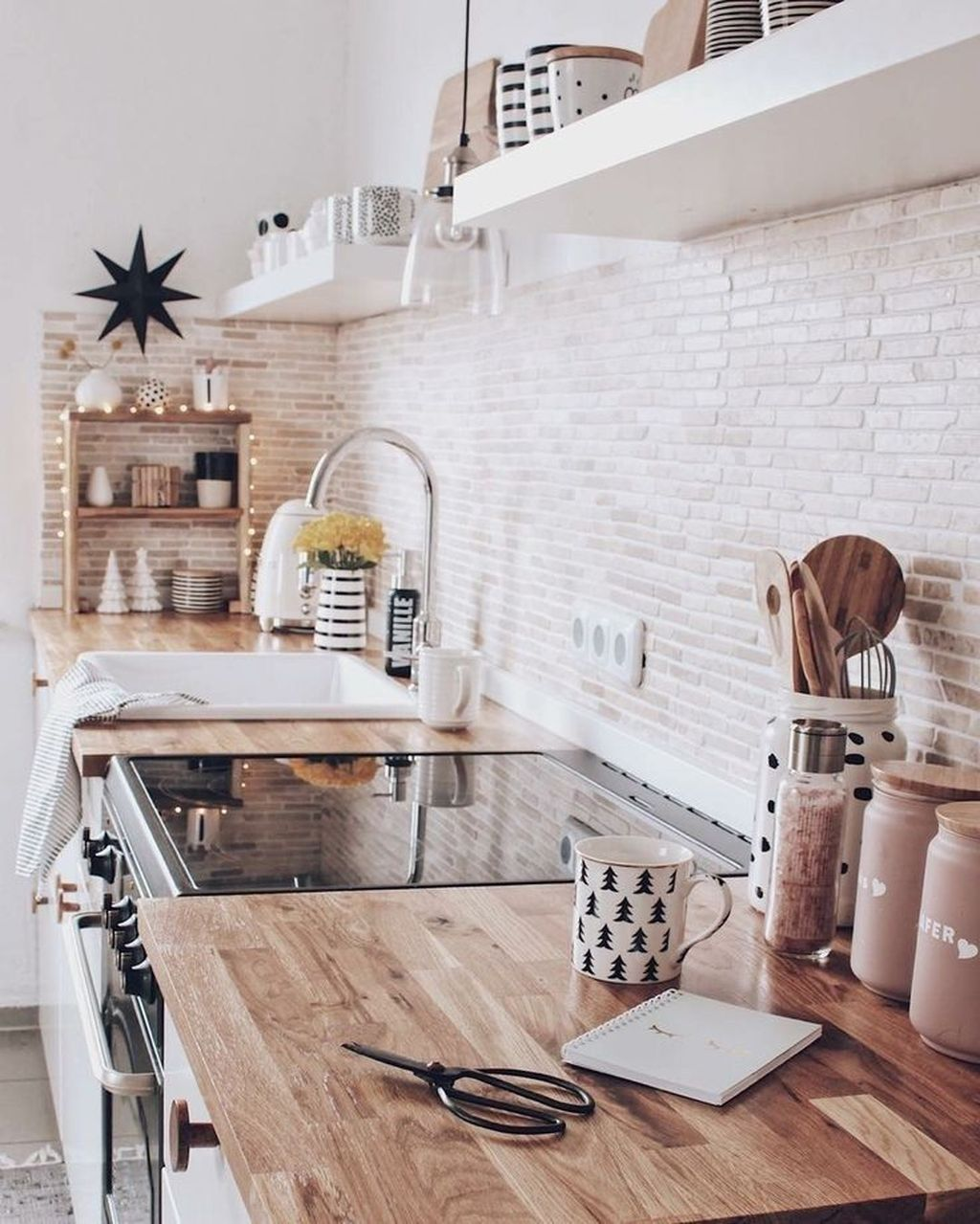 20 Modern Scandinavian Kitchen Design Ideas You Must See In 2020 Scandinavian Kitchen Design Scandinavian Style Home Kitchen Inspirations