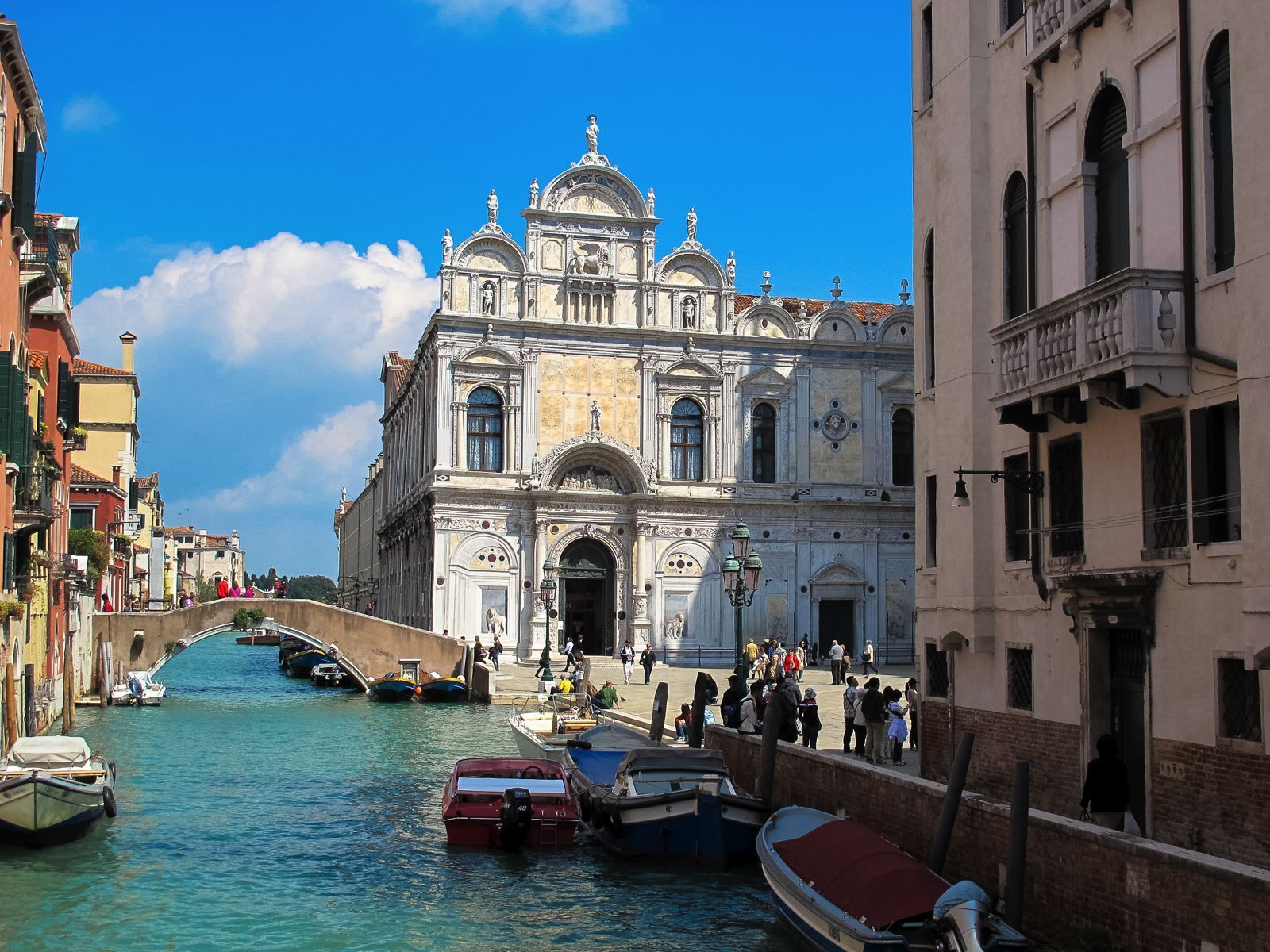 Photo of The Complete Guide To Seeing All The Sights In Venice, Italy!
