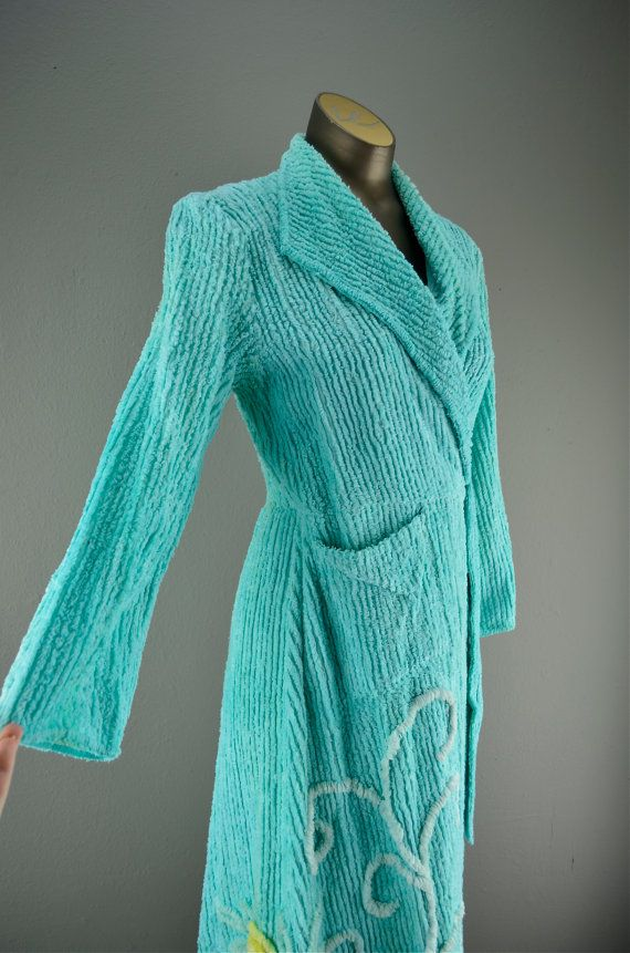 1940s chenille dressing gown size small Aqua bath by melsvanity ...