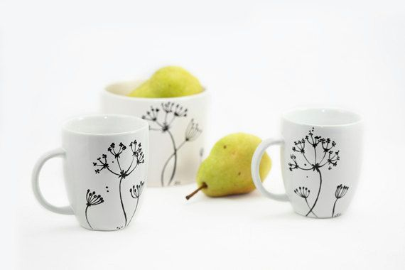 Hand painted Mugs Hand painted ceramic Queen Anne's Lace Hand Painted cups  Minimal Kitchen decor Decorative Ceramic Coffee Mugs - set of two | Queen  anne, ...