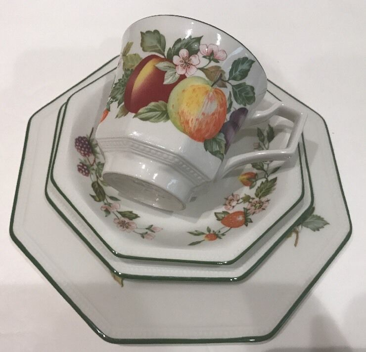 Johnson Brothers Fresh Fruit 4Pc. Place Setting Octagonal Pattern Green Trim #JohnsonBrothers & Johnson Brothers 4Pc. Place Setting Octagonal Fresh Fruit | Fresh ...