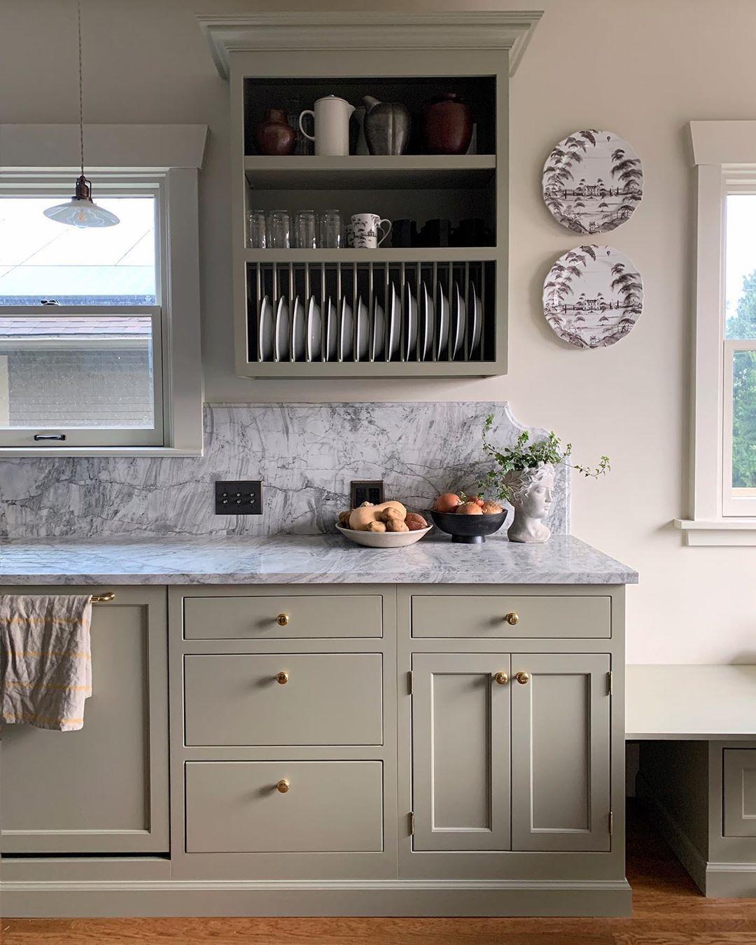 Studio Laloc Lauren L Caron S Kitchen Of Her 1916 Craftsman In Seattle Instagram In 2020 Kitchen Cabinets Kitchen Inspirations Kitchen Design