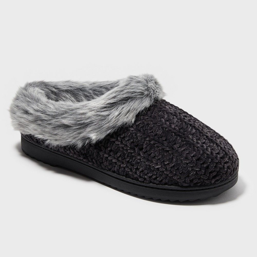 c29029570e62 Relax in cozy comfort when you put on the Dearfoams Chenille Rib Knit Clogs.  With knitted chenille covering the upper these clog slippers are finished  off ...