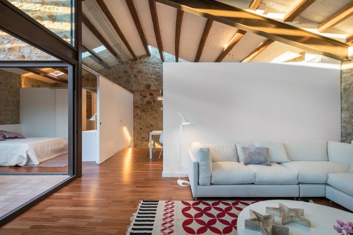 vacaciones en el pueblo reformas casas rurarles muros de piedra estilo rstico moderno estilo minimalista decoracion