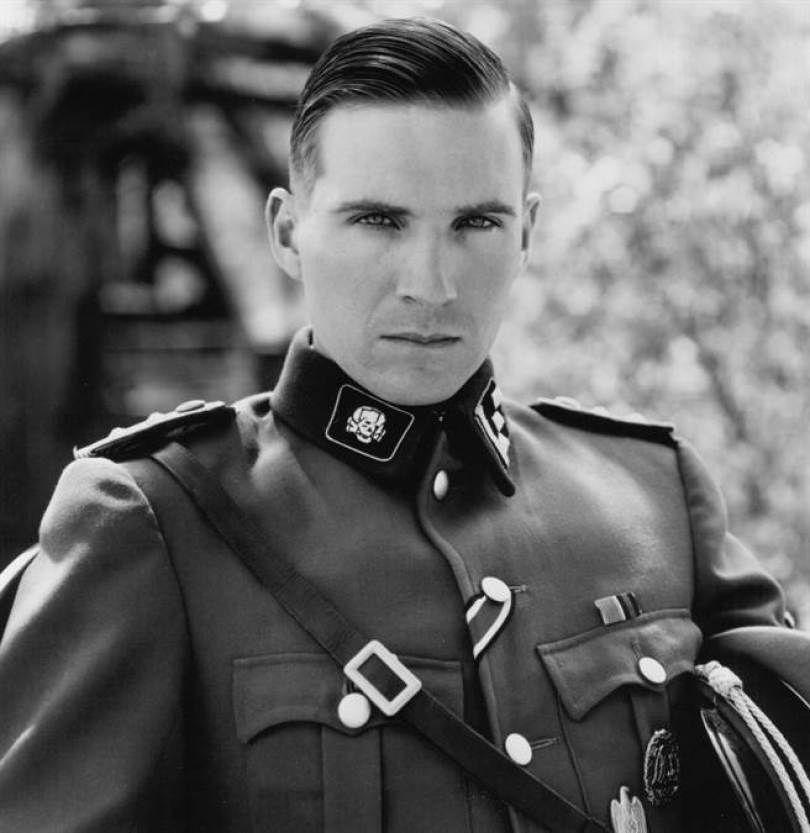 電影《辛德勒名單》中飾演納粹軍官的演員雷夫范恩斯(圖/維基百科 WIKIPEDIA)