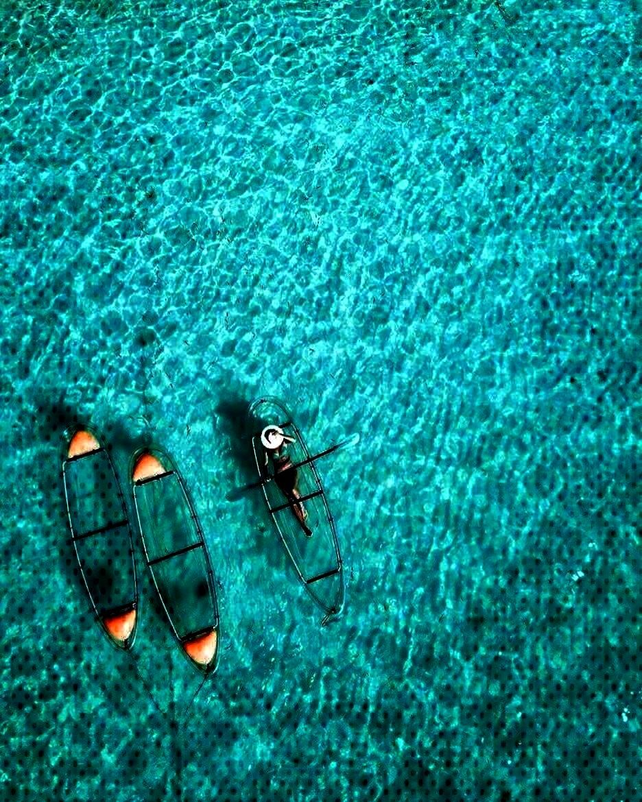 ride the spare boats? Tag them below! ... - switch travel - What two mates would you let ride the s