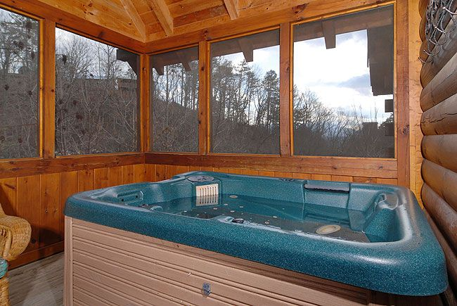 Hidden Magic 1 Bedroom Log Cabin In Pigeon Forge Tennessee With Hot Tub Indoor Whirlpool And Pool Table Hot Tub Cabin Vacation Cabin