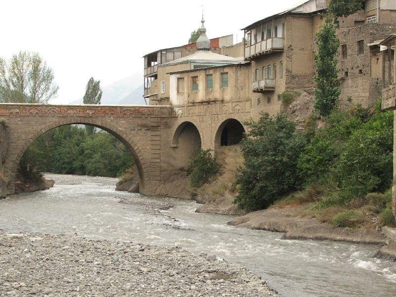 Старый ахтынский мост через реку Самур. Ancient Akhty ...