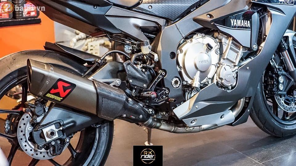 Yamaha R1 đen mờ siêu ngầu trong bản độ từ RK Rider Shop | Show xe - 2banh.vn